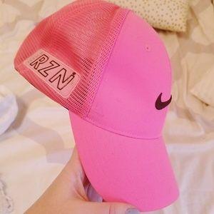 Nike golf womens hat